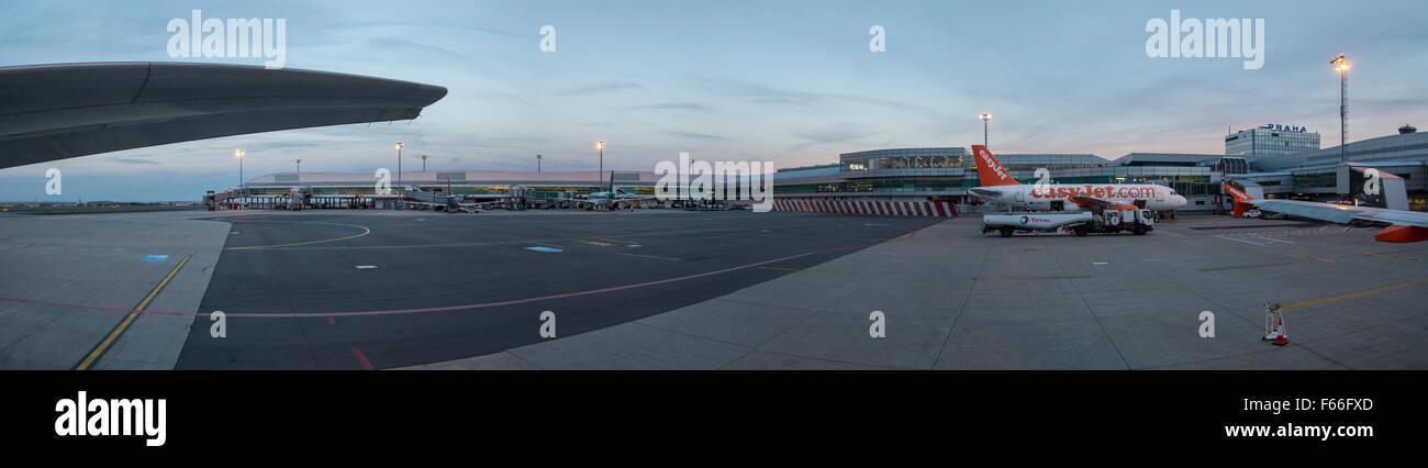 Easyjet planes at Prague airport - Stock Image