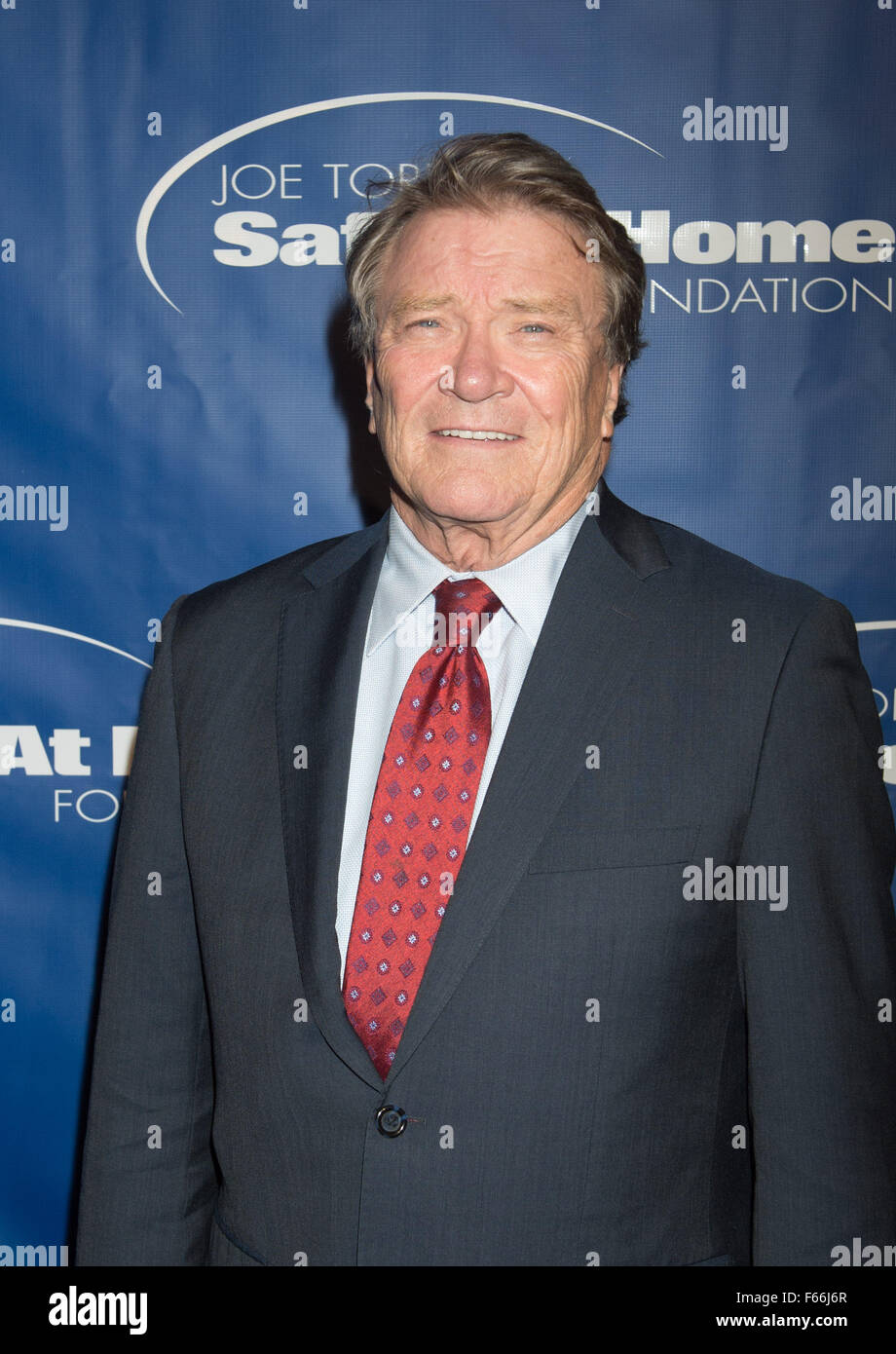 New York, NY, USA. 12th Nov, 2015. STEVE KROFT arrives to the Joe Torre Safe at Home Foundation 13th Annual Gala, - Stock Image