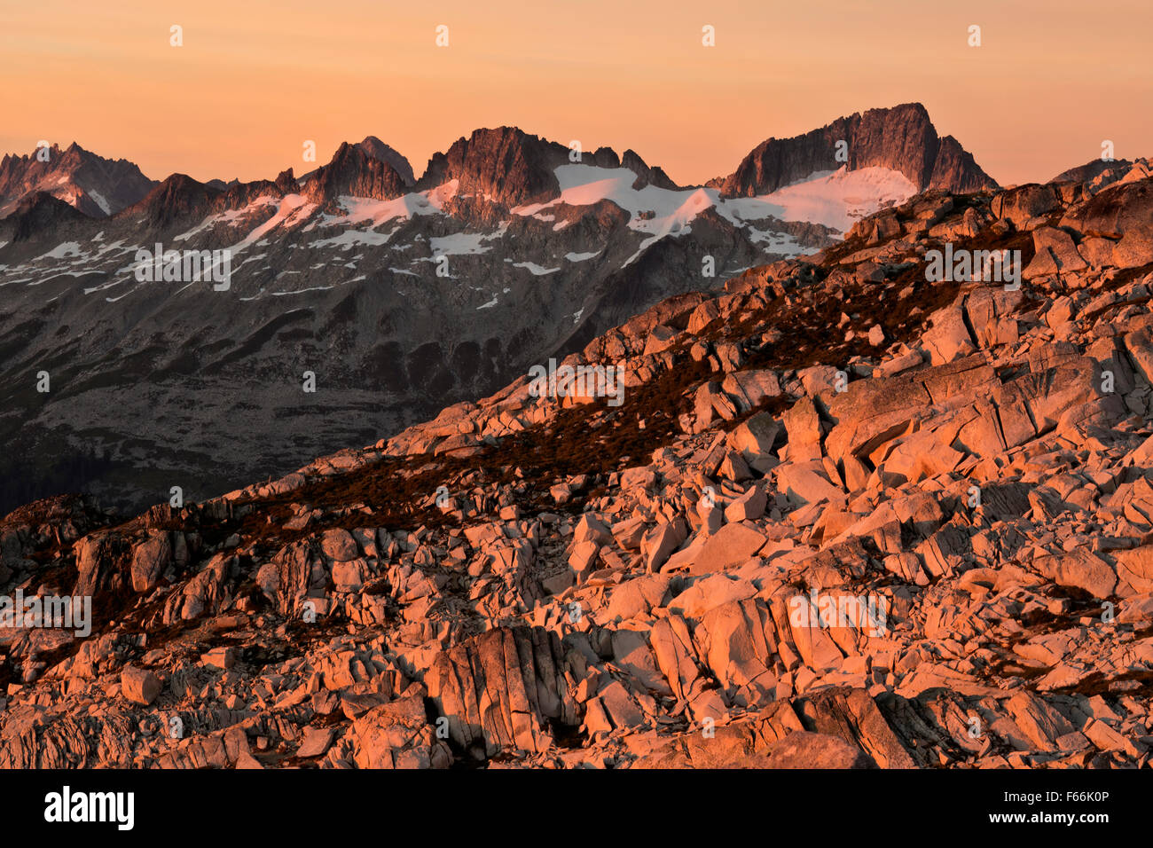 Backbone Ridge from a shoulder of Hidden Lake Peaks in North Cascades section of Mount Baker-Snoqualmie National - Stock Image