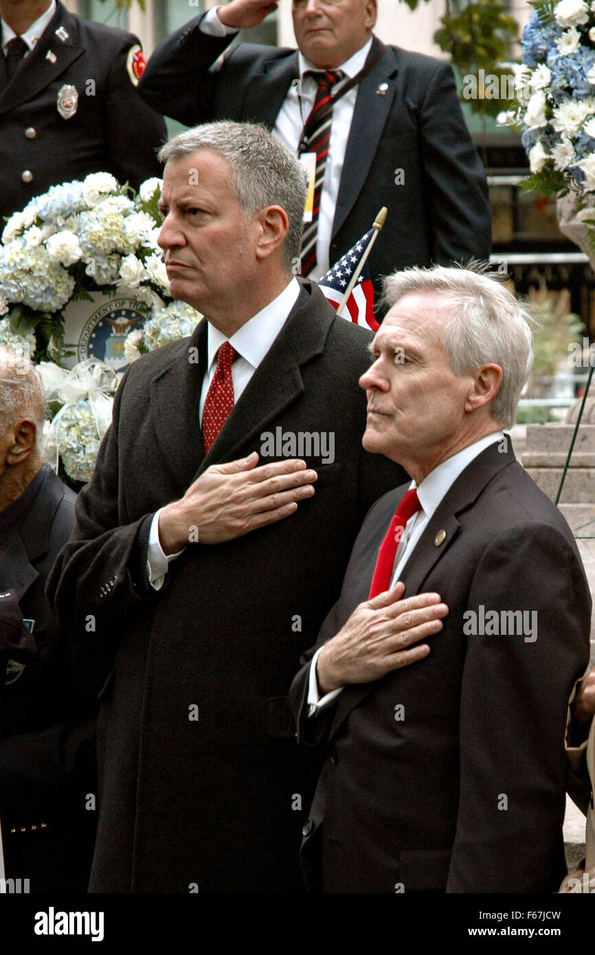 New York City Mayor Bill de Blasio (left) and Secretary of the Navy Ray Mabus pay respect to veterans at the Madison Stock Photo