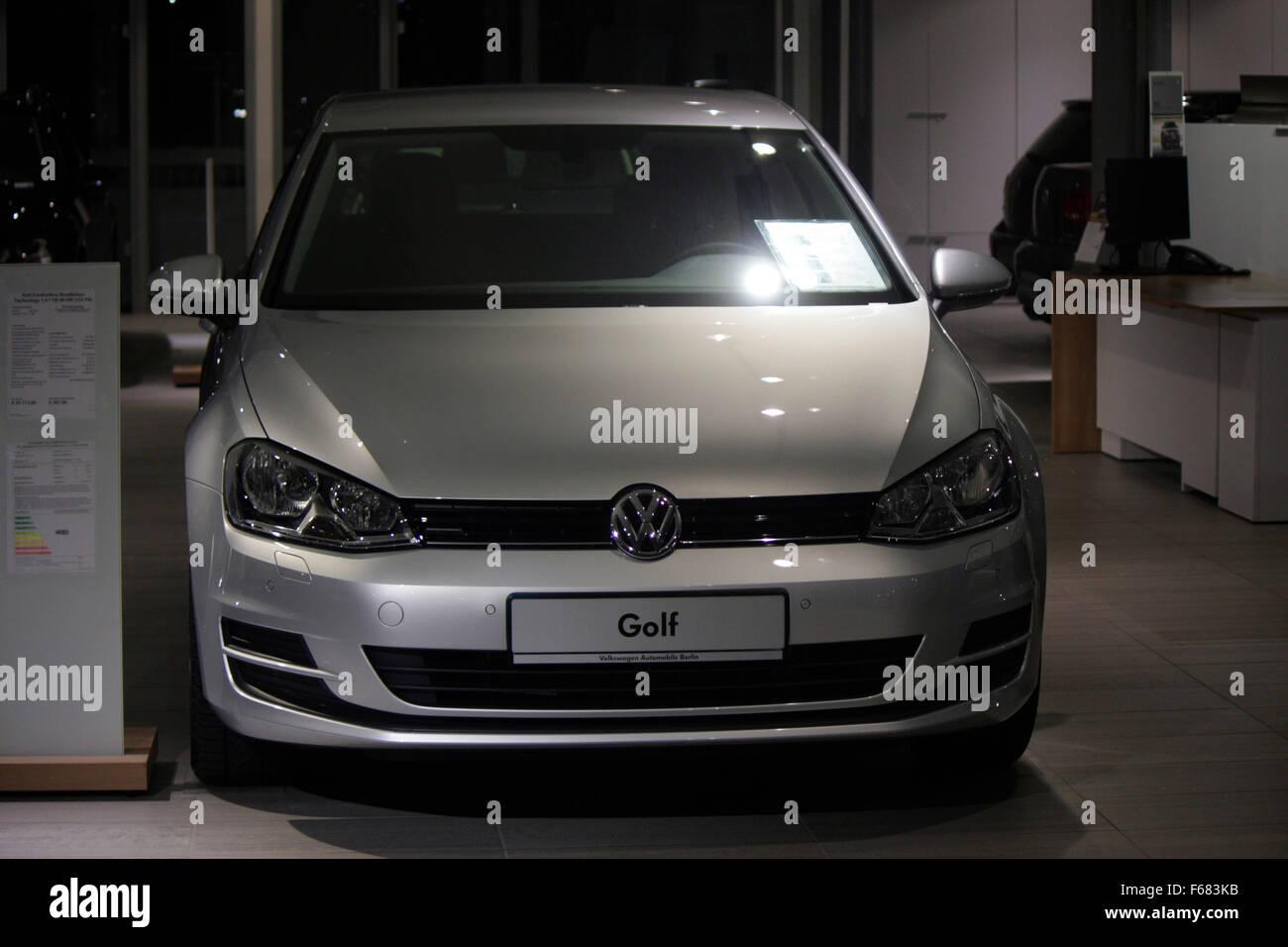 Markenname: 'VW Golf Volkswagen', Berlin. - Stock Image