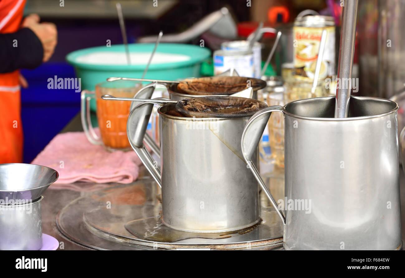 Thai coffee and tea maker on the street - Stock Image