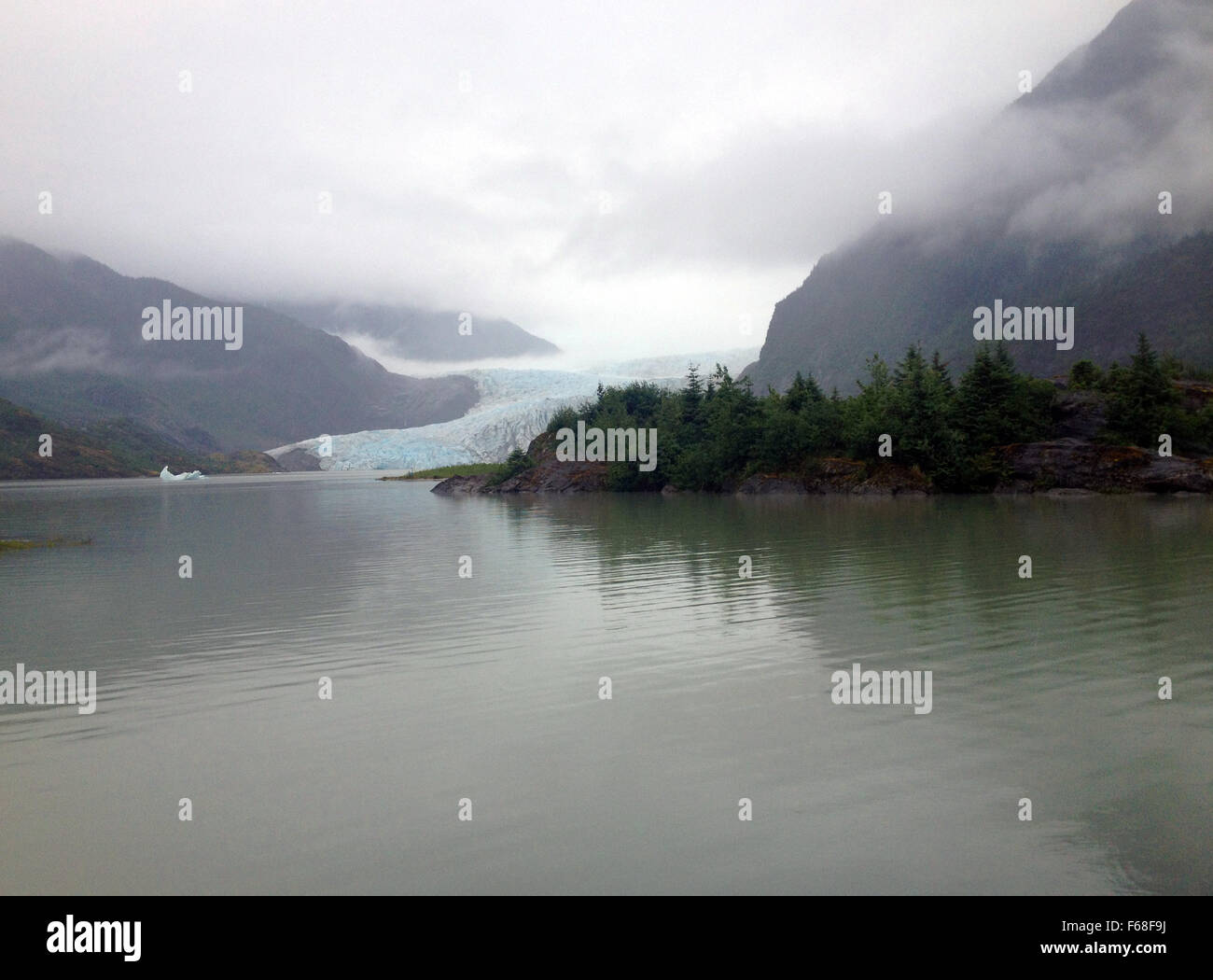 A wet day at Mendenhall Glacier, Juneau, Alaska. - Stock Image