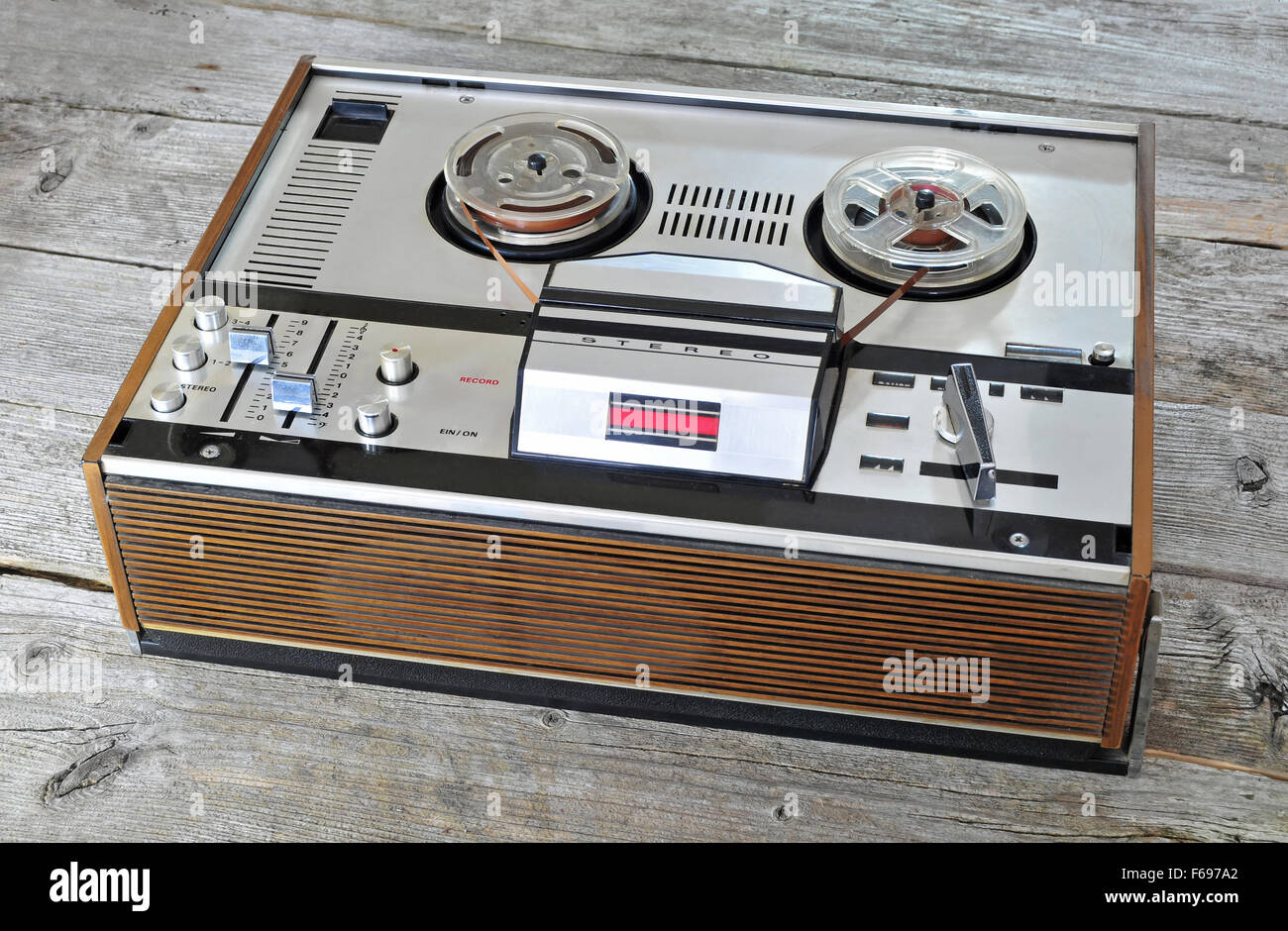 Photo of old reel to reel tape player - Stock Image