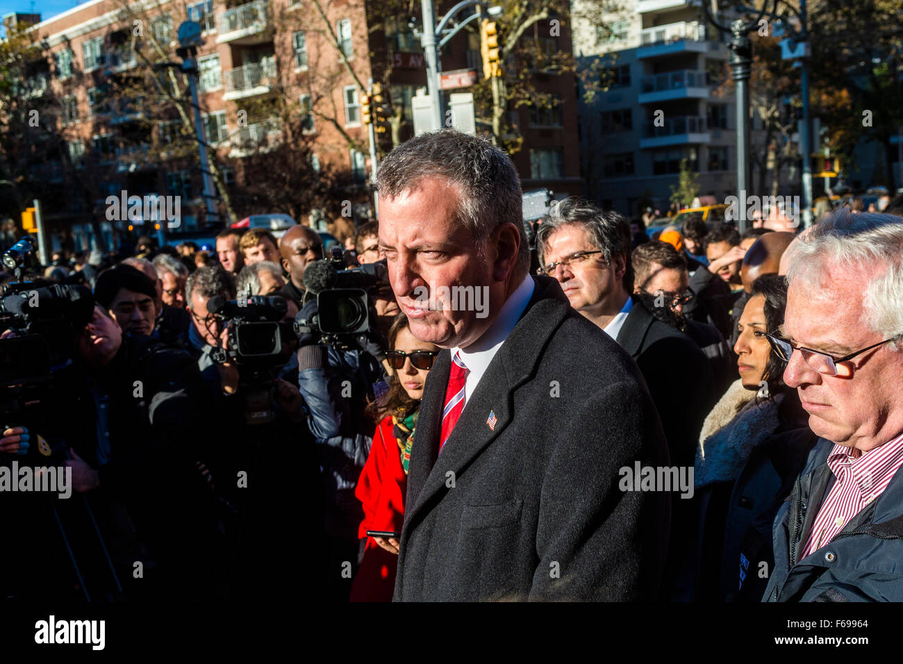 New York, NY - 14 November 2015 NYC  the Mayor Bill de Blasio news conference after attending a vigil in Washington - Stock Image