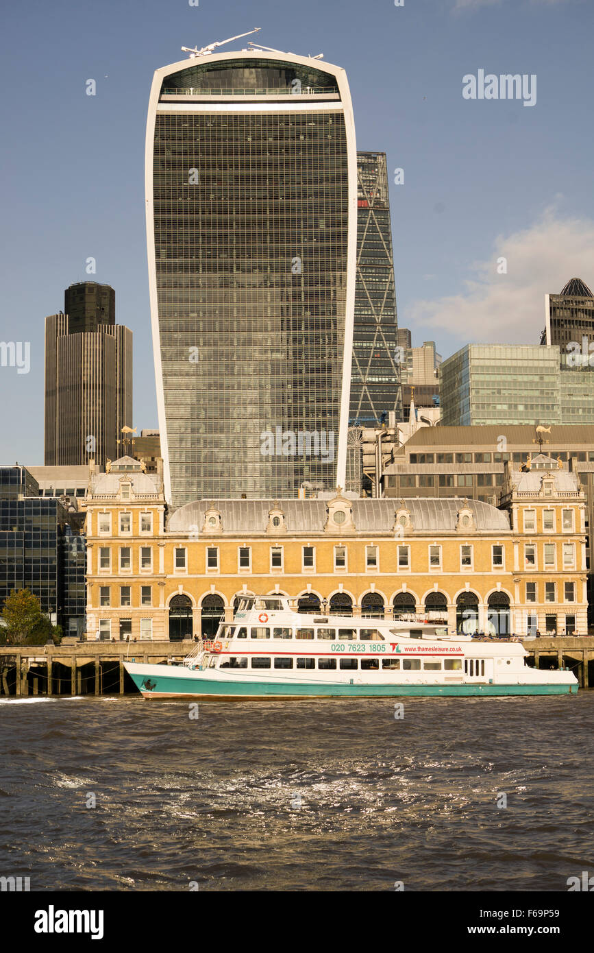 View towards the City of London showing the prominent 20 Fenchurch Street building dubbed the Walkie Talkie - Stock Image