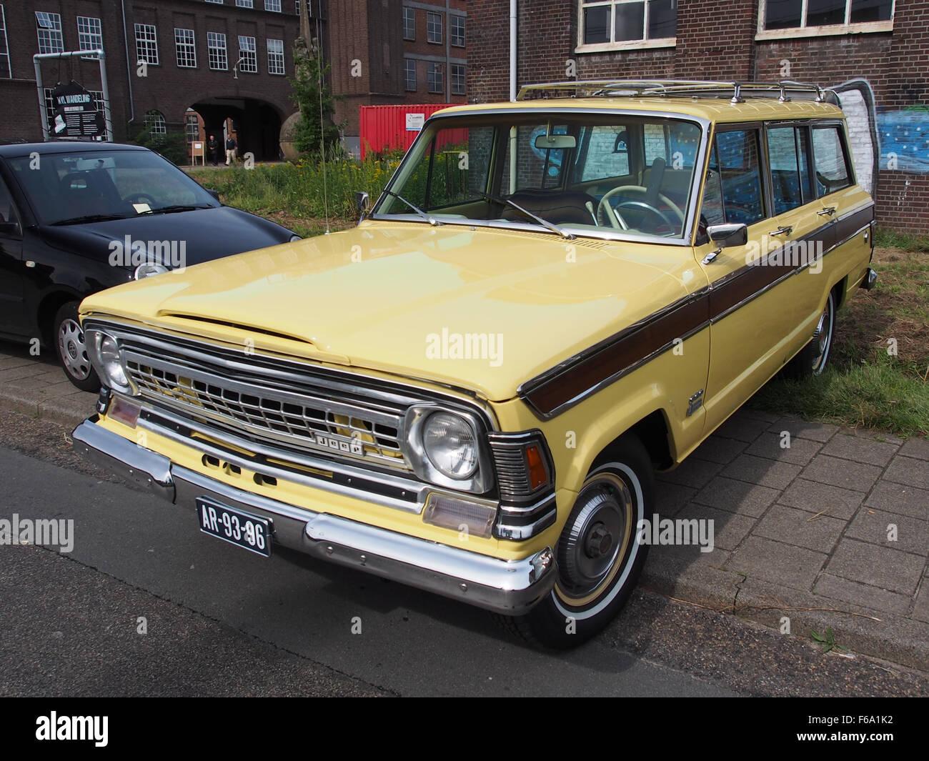 Oisterwijkste Stoomdagen 2015 1972 Jeep Wagoneer Stock Photo