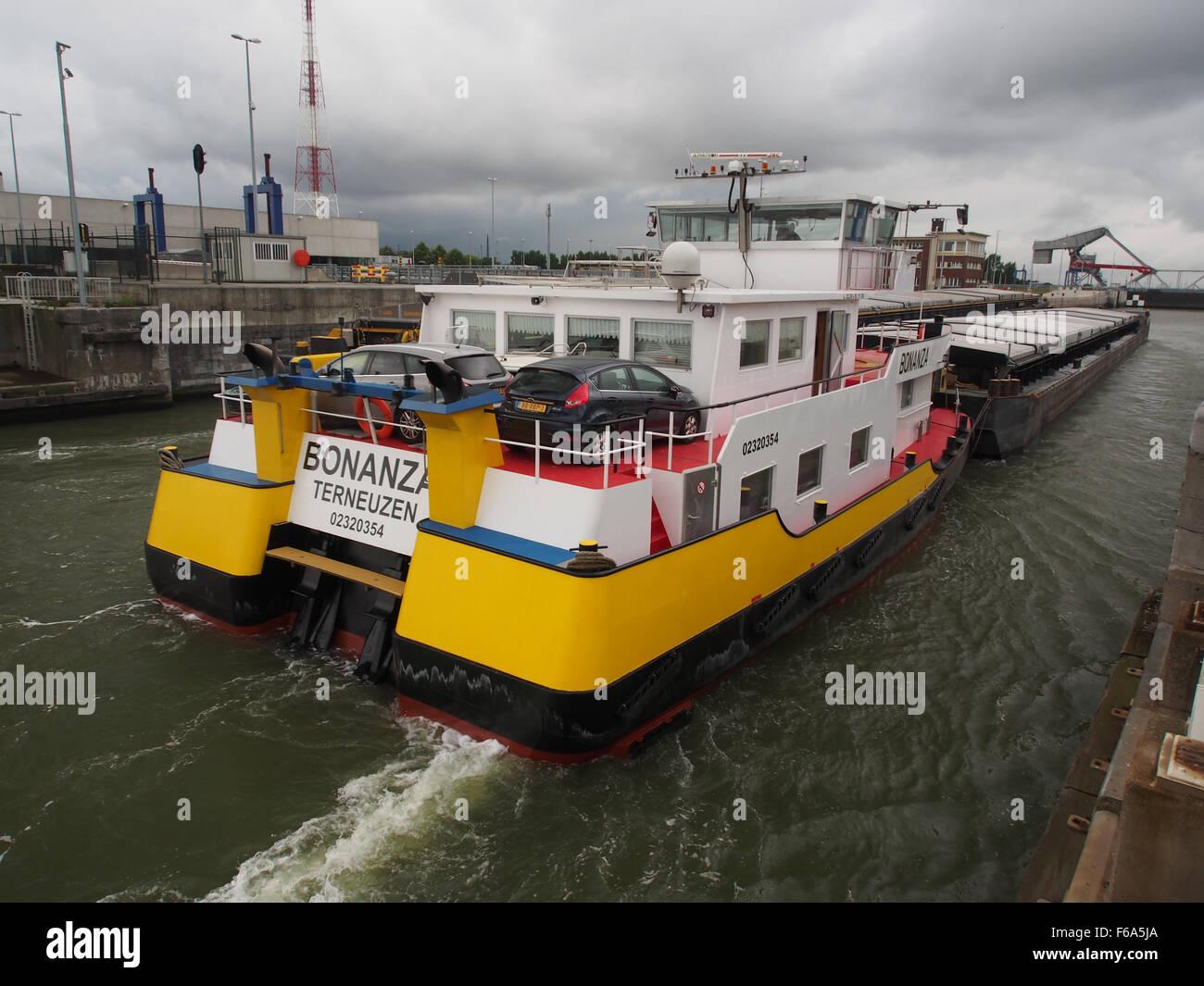 Bonanza - ENI 02320254, Van Cauwelaertsluis, Port of Antwerp pic3 Stock Photo