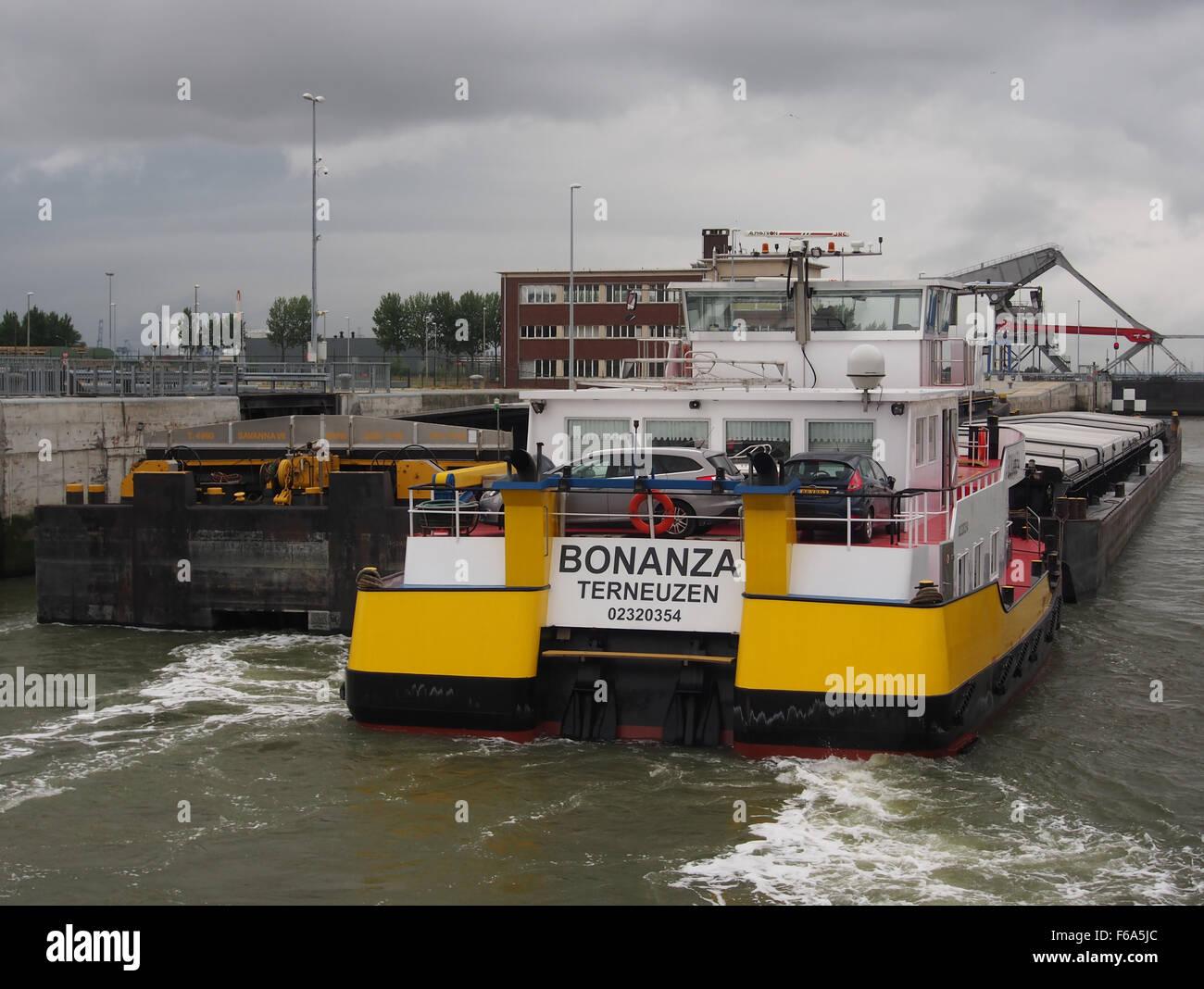 Bonanza - ENI 02320254, Van Cauwelaertsluis, Port of Antwerp pic5 Stock Photo