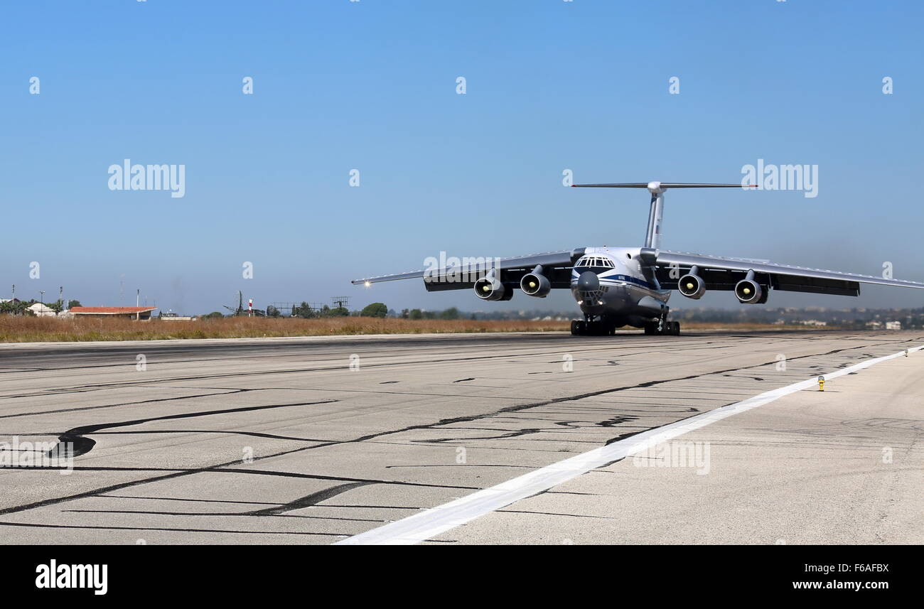Latakia, Syria. 14th Nov, 2015. Russia's Ilyushin Il-76MD airlifter at Hmeymim airfield. © Alexander Yelistratov/TASS/Alamy - Stock Image
