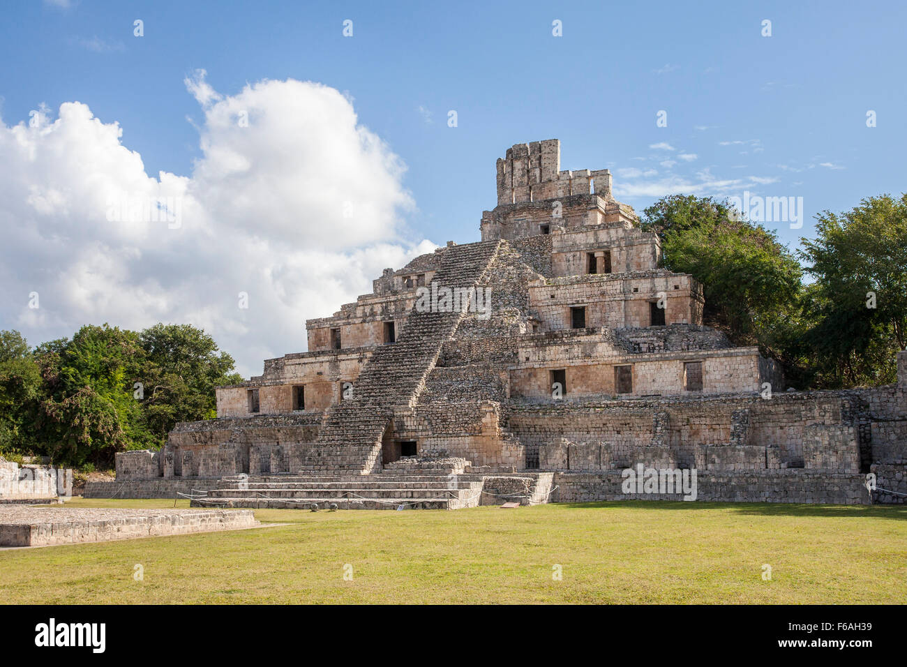 The Five Story Pyramid at the Mayan ruins of Edzna, Campeche. - Stock Image