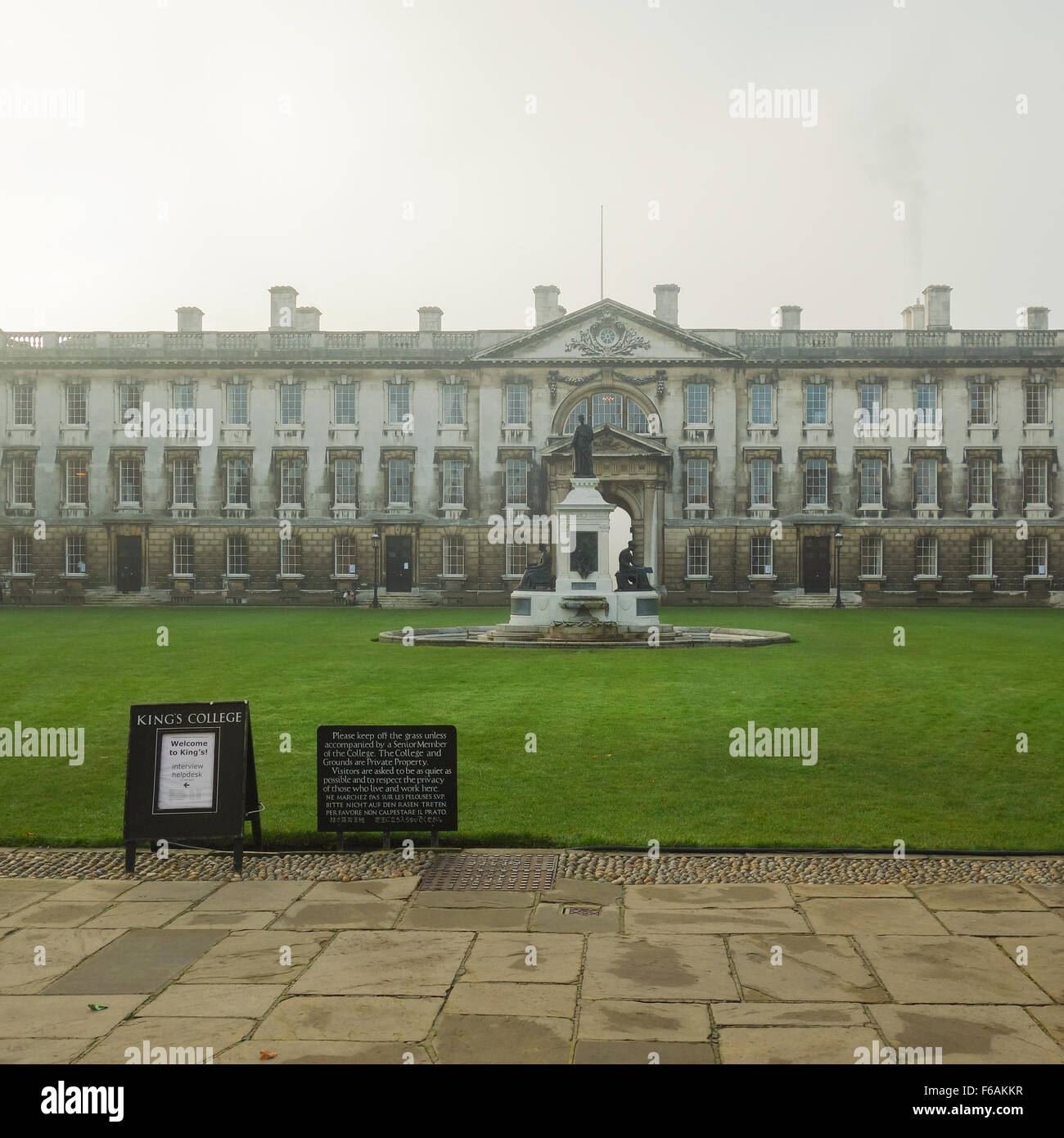 Kings College Cambridge University of Cambridge - sign directing students during the interview period in December - Stock Image