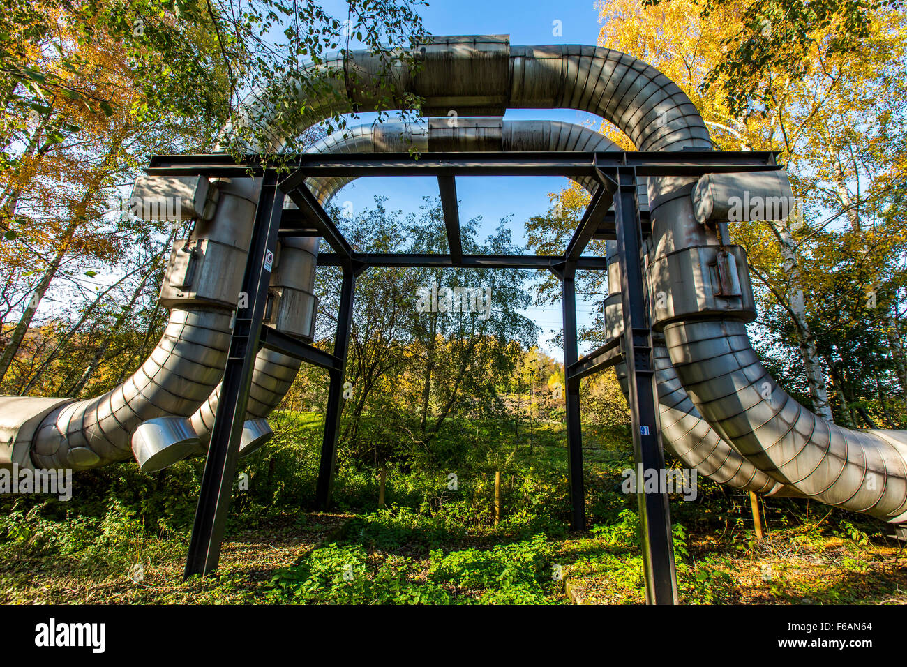 District heating pipe, operated by STEAG, in Gelsenkirchen, expansion loops, - Stock Image