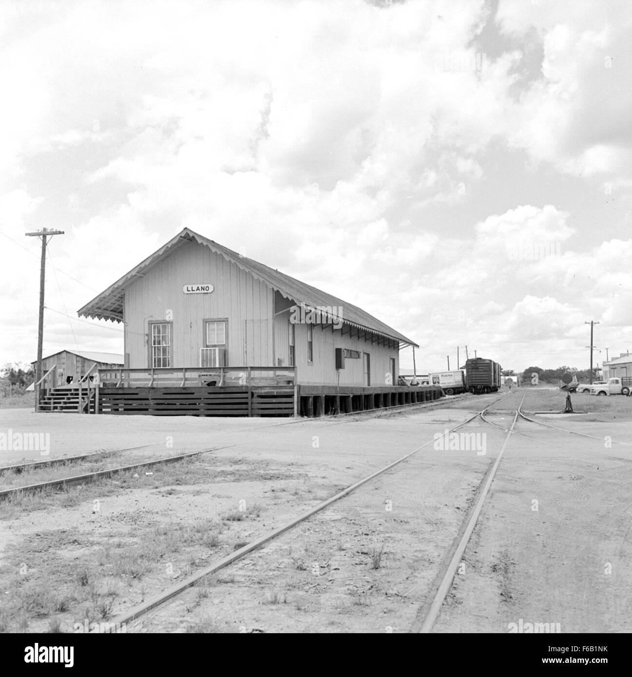 Texas And New Orleans Southern Pacific Railroad Station