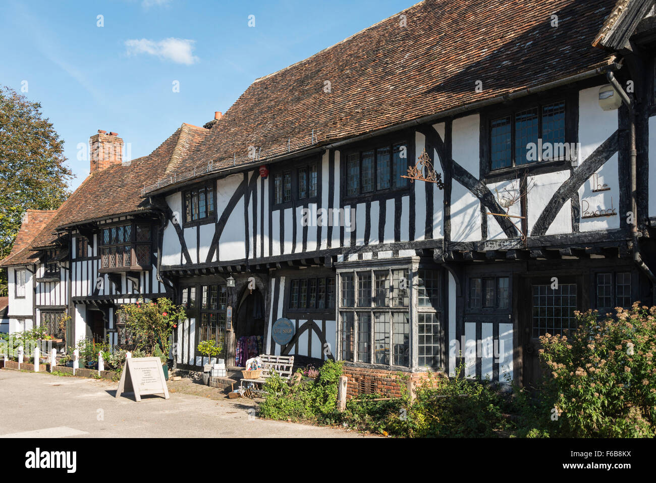 Tudor Cottage Gift Shop, Chilham Square, Chilham, Kent, England, United Kingdom - Stock Image