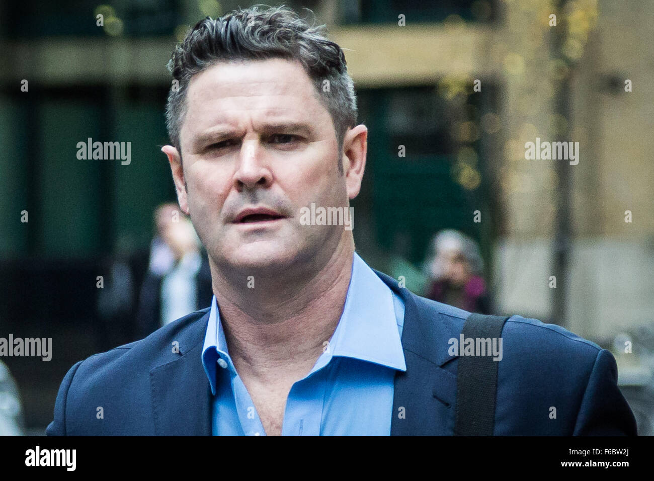 London, UK. 16th November, 2015. Cricketer Chris Cairns arrives at Southwark Crown Court to continue his trial on Stock Photo