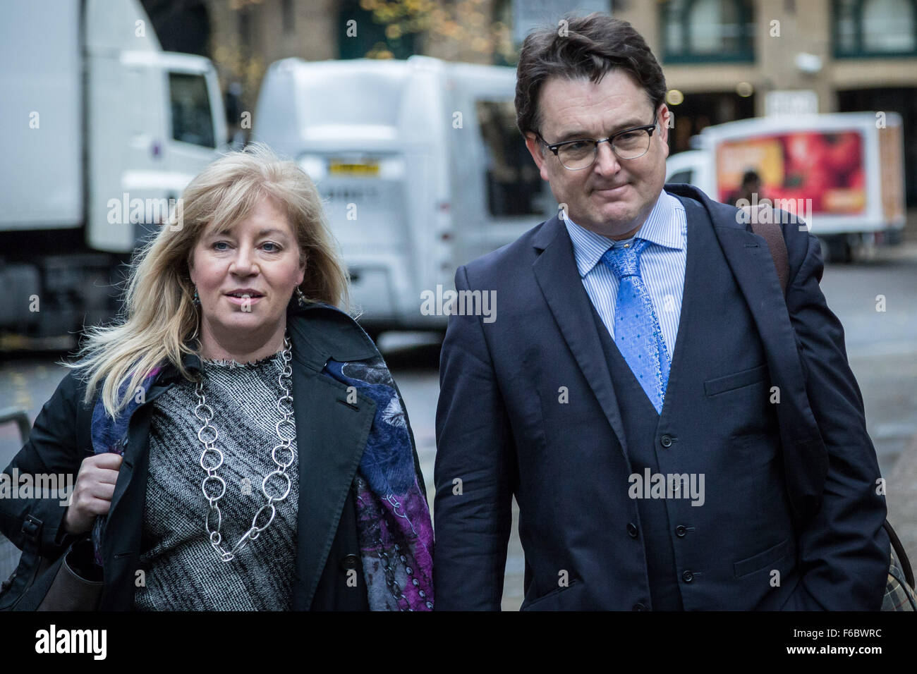 London, UK. 16th November, 2015. Andrew Fitch-Holland, criminal barrister and Chris Cairns' co-defendant arrives Stock Photo