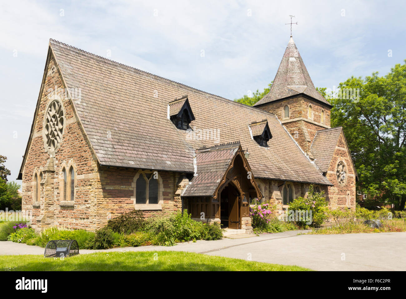The church of St. John the Baptist, Irlam, Salford. Church of England dating from 1866. - Stock Image