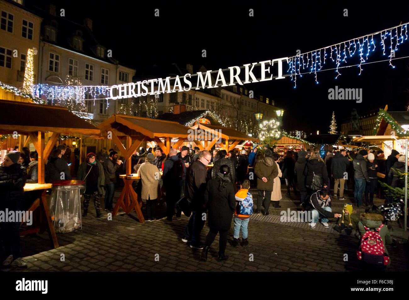 Christmas market in Højbro Plads (Hoejbro Square) on Strøget  a mid November evening. - Stock Image