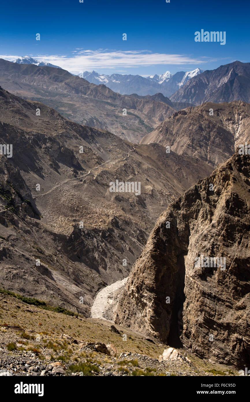 India, Himachal Pradesh, Chango, Hindustan-Tibet Highway above Spiti River, between Spiti and Kinnaur - Stock Image