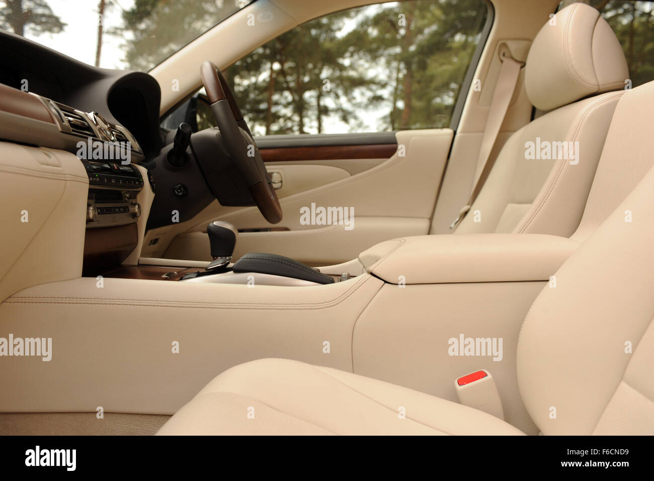 Lexus LS 600h L Premier - Stock Image