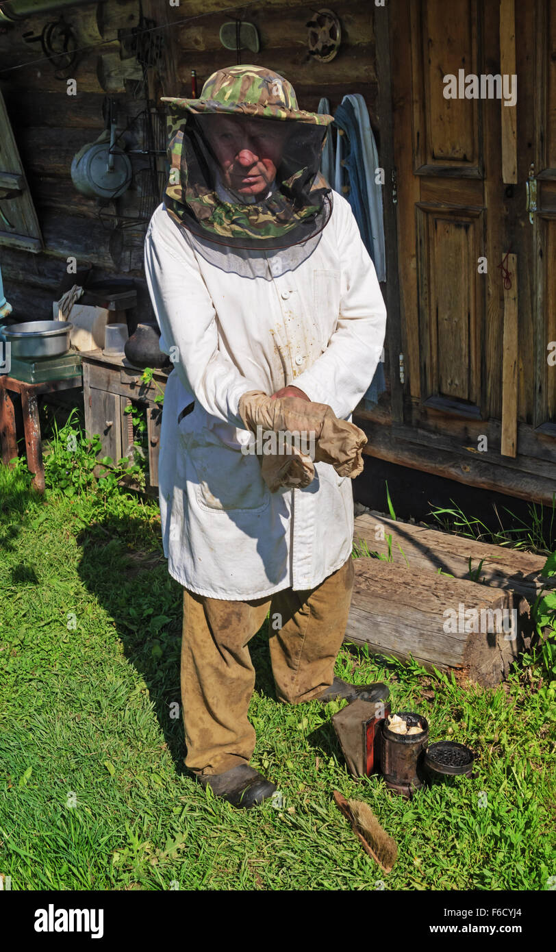 Preparation for capture of a bee swarm. - Stock Image