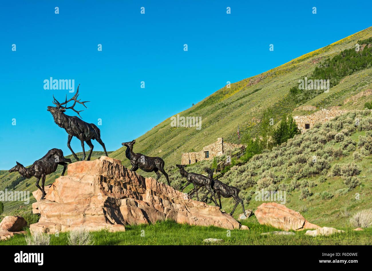 Wyoming, Jackson, National Museum of Wildlife Art, 'Wapiti Trail'  elk sculpture by Bart Walter - Stock Image