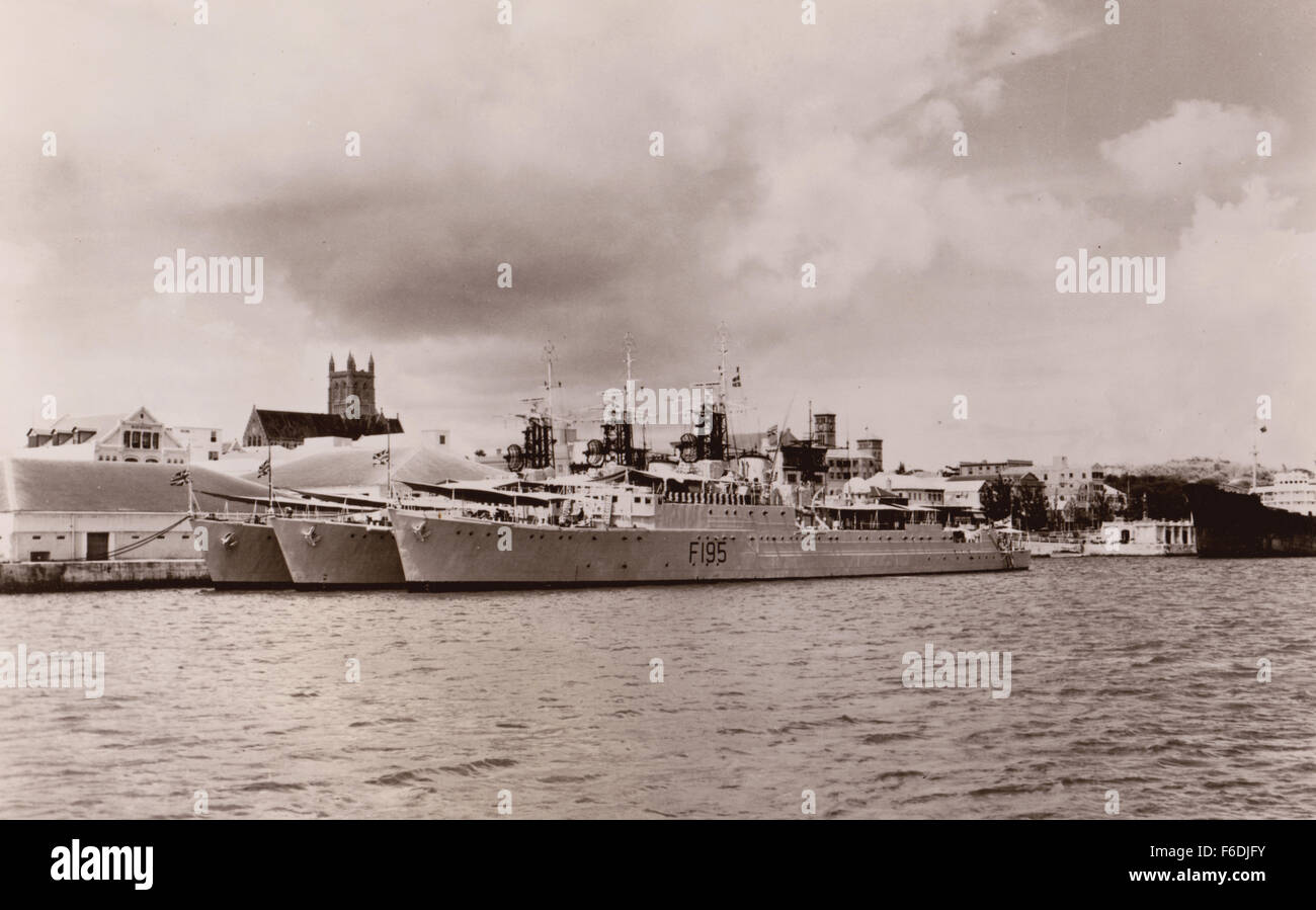 706. HMS Roebuck, HMS Whirlwind (centre vessel), HMS Wakeful (inside vessel). Pictured at the dockside Hamilton - Stock Image