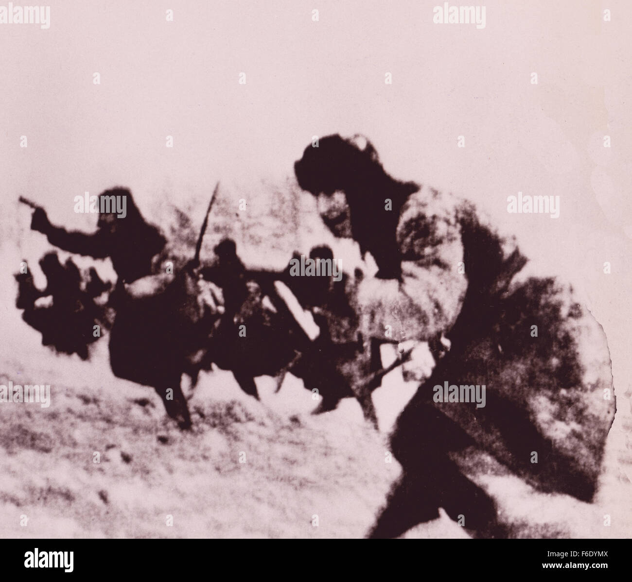 737. WW2 Red Army charge into battle at Stalingrad  1943 winter. Stock Photo