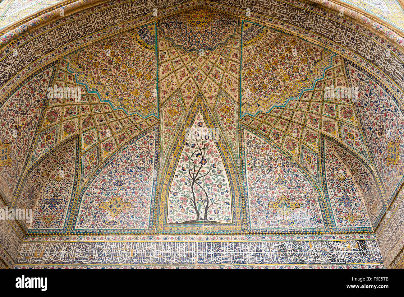 Ceiling with intricately painted tiles, floral pattern, Vakil Mosque, Shiraz, Iran - Stock Image