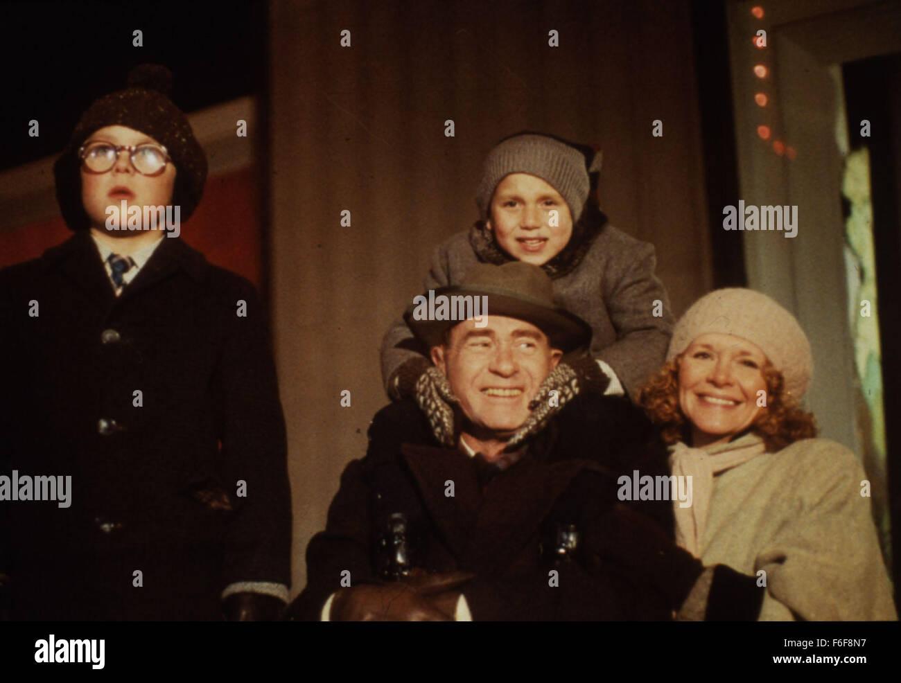 Christmas Story Cast.Nov 18 1983 Cleveland Oh Usa The Cast Of A Christmas