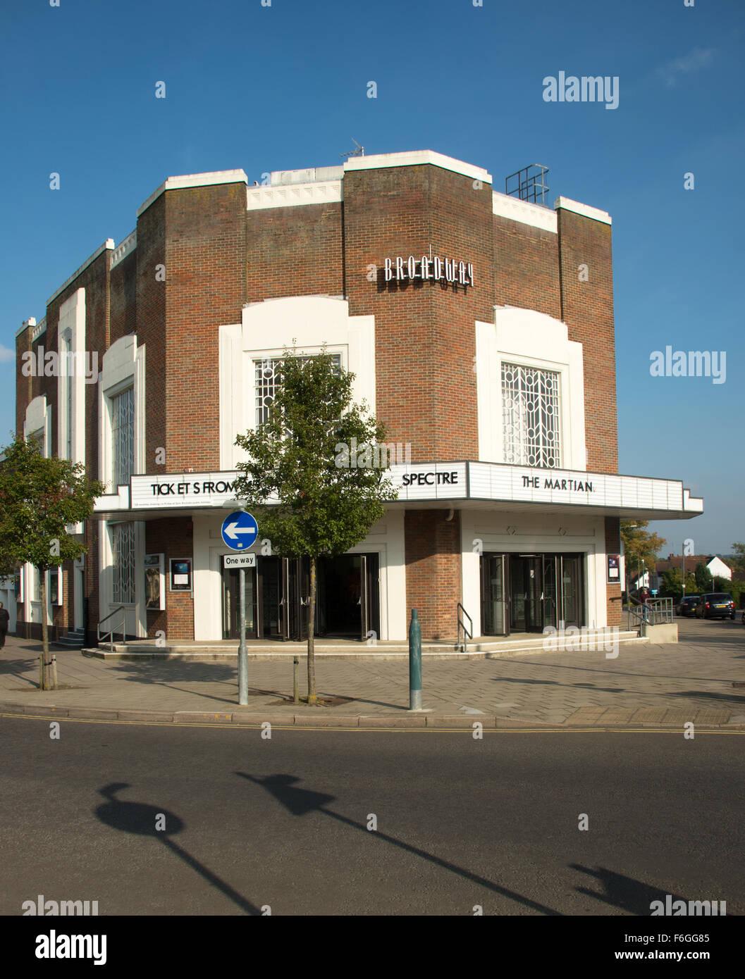 Greenfield Garden Cinemas - Dimarlinperez.com -
