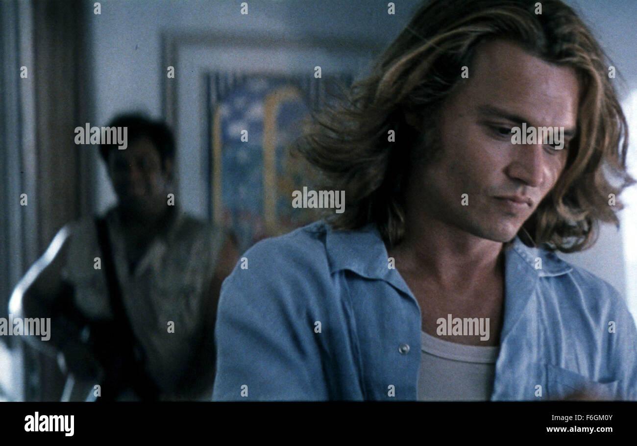 Nov 13 2000 Hollywood Ca Usa Johnny Depp Sports A New Long Hair Stock Photo Alamy