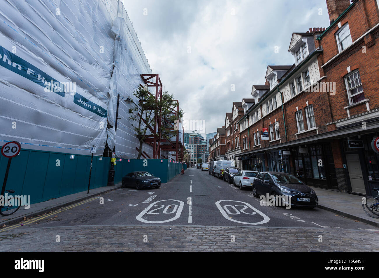 Area Around Spitalfields Markets During Evacuation as a Result of Suspect Unexploded WW2 Bomb on Adjacent Building - Stock Image