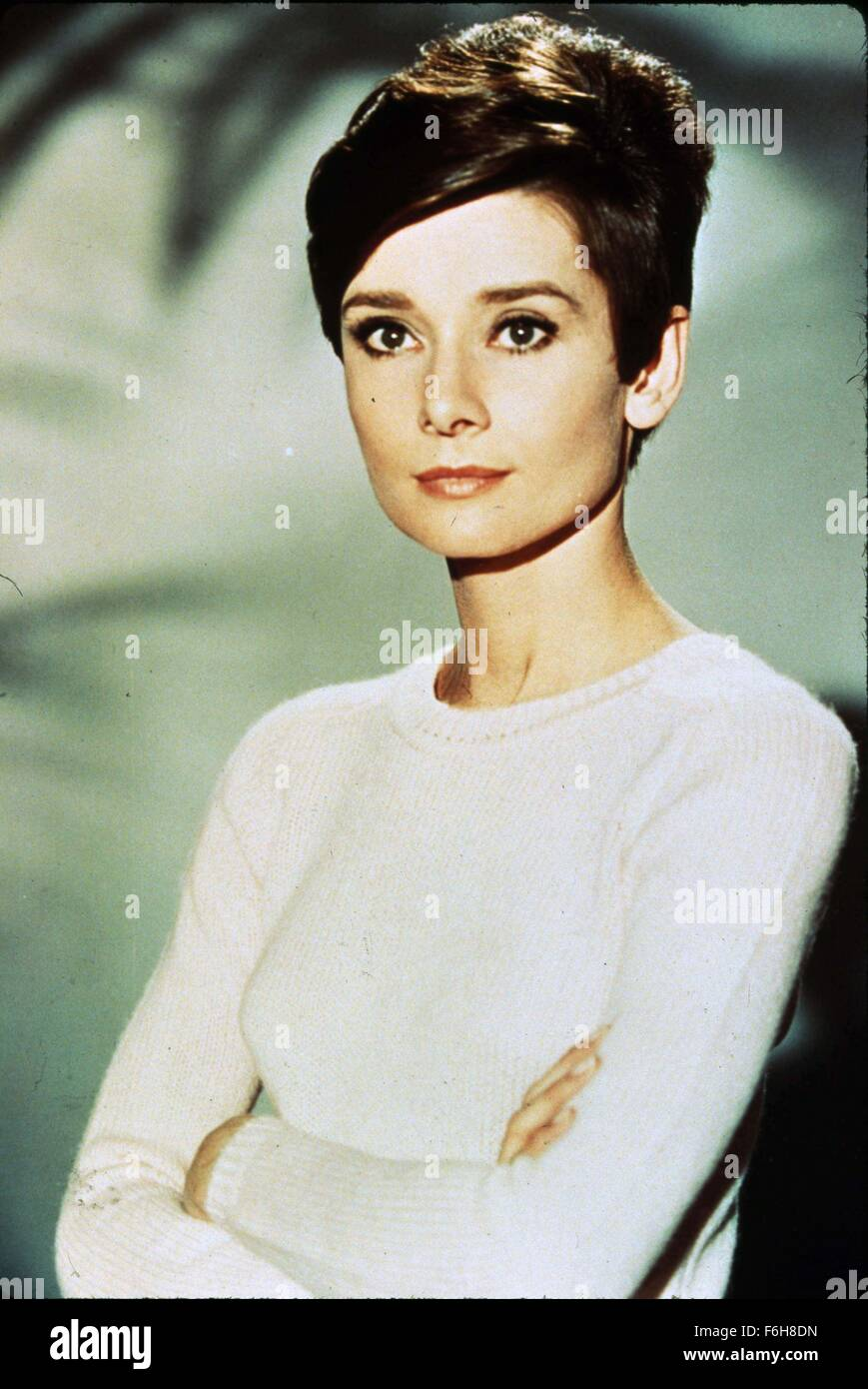 1967, Film Title: WAIT UNTIL DARK, Director: TERENCE YOUNG, Studio: WARNER, Pictured: AUDREY HEPBURN, TERENCE YOUNG, - Stock Image