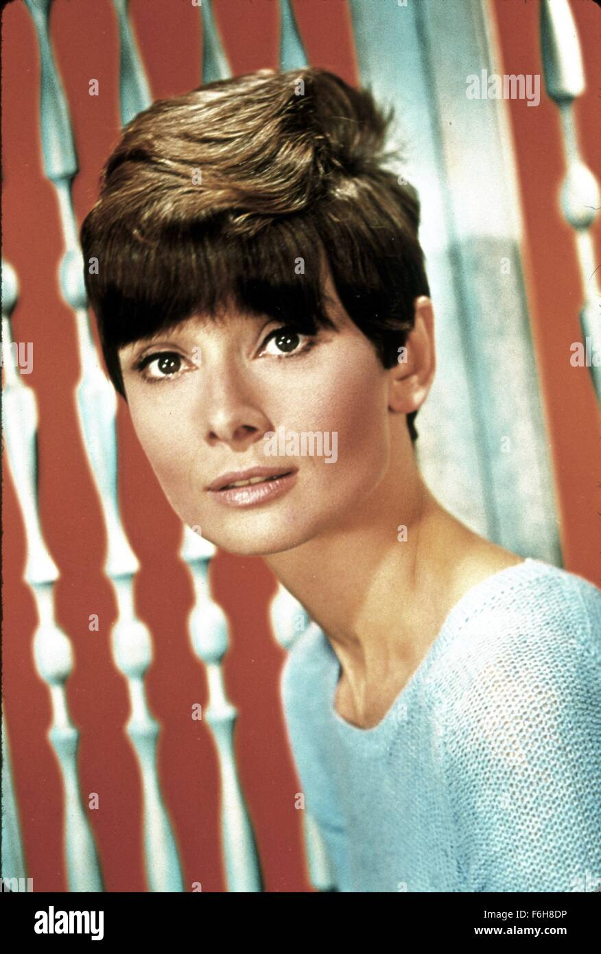 1967, Film Title: WAIT UNTIL DARK, Director: TERENCE YOUNG, Pictured: AUDREY HEPBURN, PORTRAIT, STUDIO, HAIR - SHORT. - Stock Image