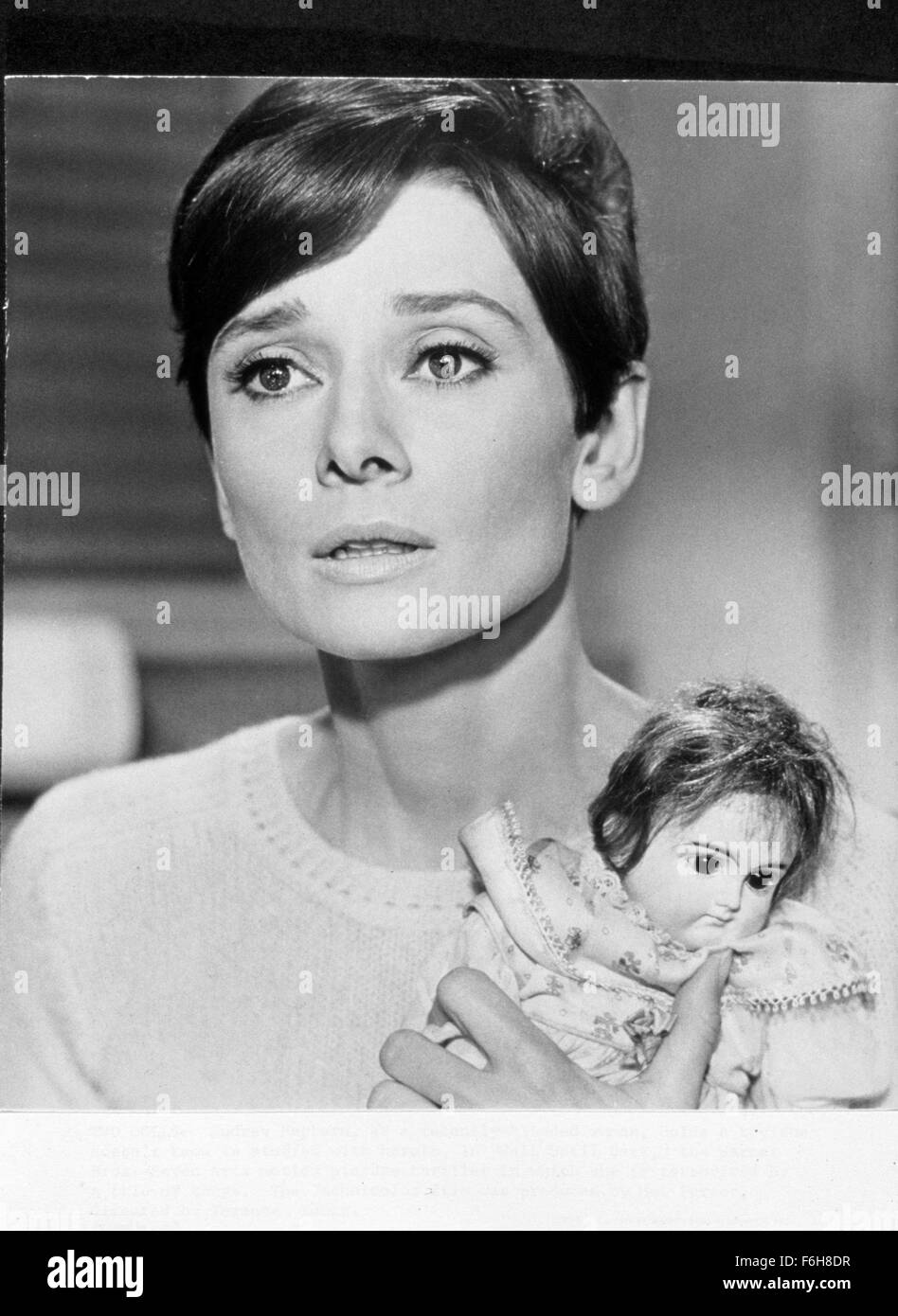 1967, Film Title: WAIT UNTIL DARK, Director: TERENCE YOUNG, Pictured: 1967, ACCESSORIES, DOLL, AUDREY HEPBURN. (Credit - Stock Image