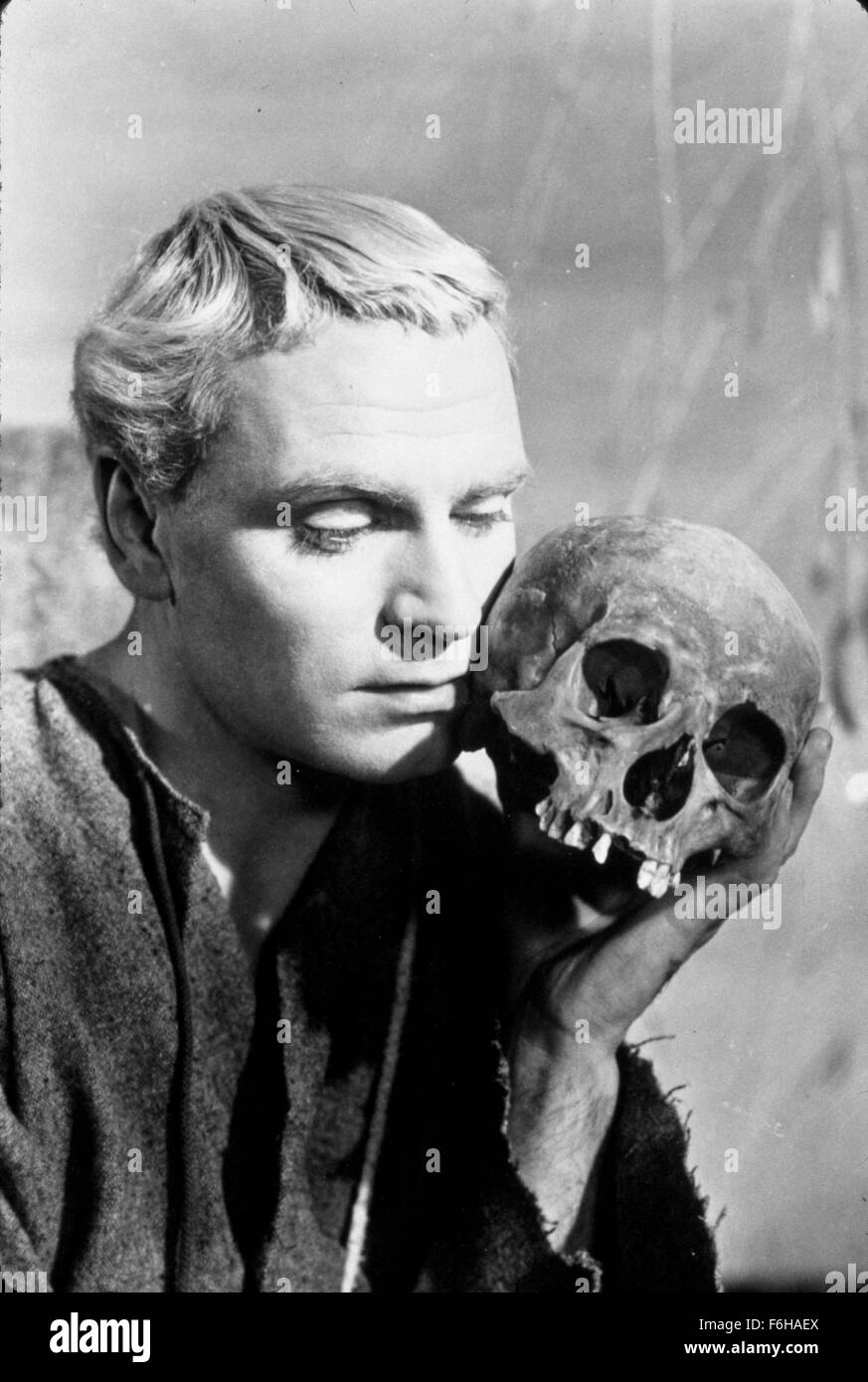 1948, Film Title: HAMLET, Director: LAURENCE OLIVIER, Pictured: 1948, AWARDS - ACADEMY, BEST ACTOR, LAURENCE OLIVIER, - Stock Image