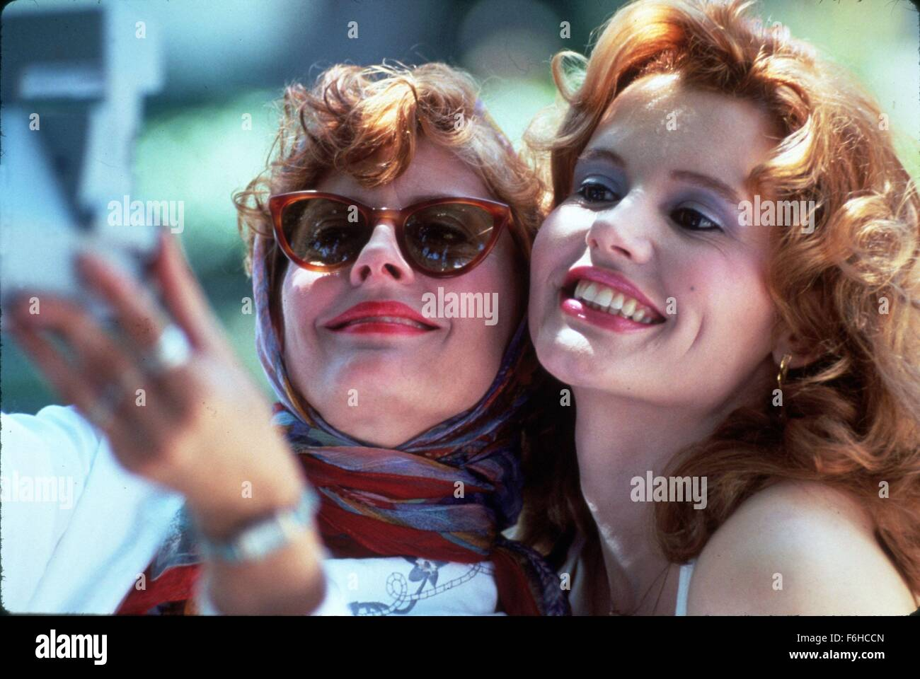 "a commentary to the film thelma and louise directed by ridley scott in 1991 ""thelma & louise"" was directed by ridley scott, from britain, whose previous credits (""blade runner,"" ""black rain,"" ""legend"") show complete technical mastery but are sometimes not very interested in psychological questions."