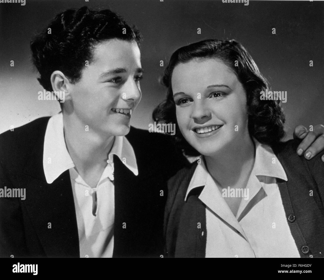 1938, Film Title: LISTEN, DARLING, Director: EDWIN L MARIN, Studio: MGM, Pictured: FREDDIE BARTHOLOMEW, JUDY GARLAND. - Stock Image