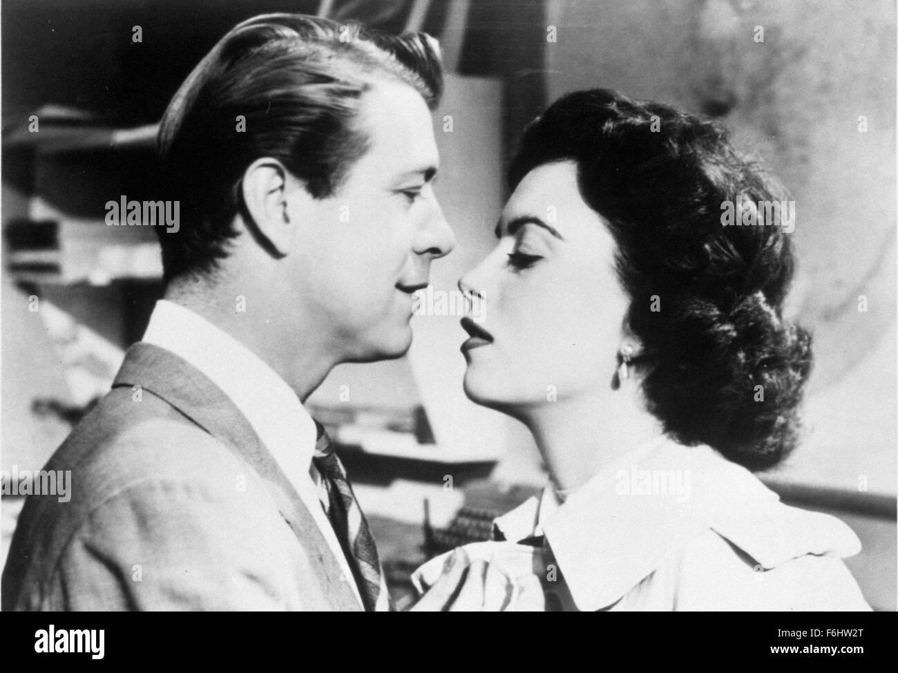 1956, Film Title: ATOMIC MAN, Director: KEN HUGHES, Studio: UK, Pictured: FAITH DOMERGUE, GENE NELSON, ROMANCE, - Stock Image