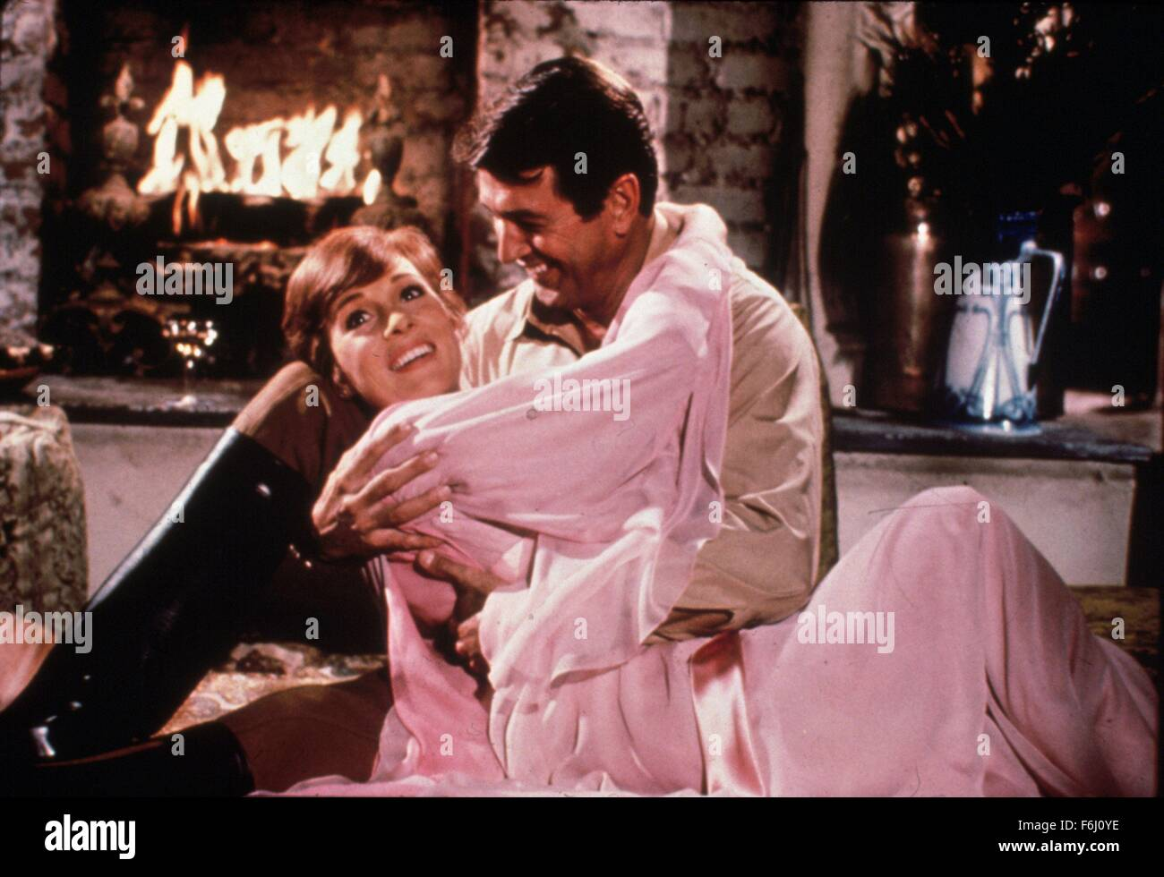 1970, Film Title: DARLING LILI, Director: BLAKE EDWARDS, Pictured: JULIE ANDREWS, BLAKE EDWARDS. (Credit Image: - Stock Image