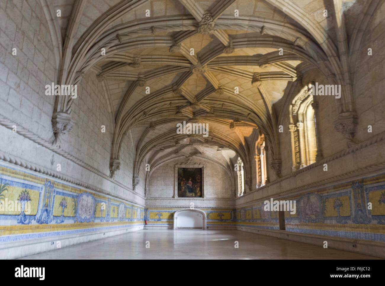 LISBON, PORTUGAL - OCTOBEr 24 2014: Room interiors of Jeronimos monastery in Lisbon, with vaulted ceiling and azulejos - Stock Image