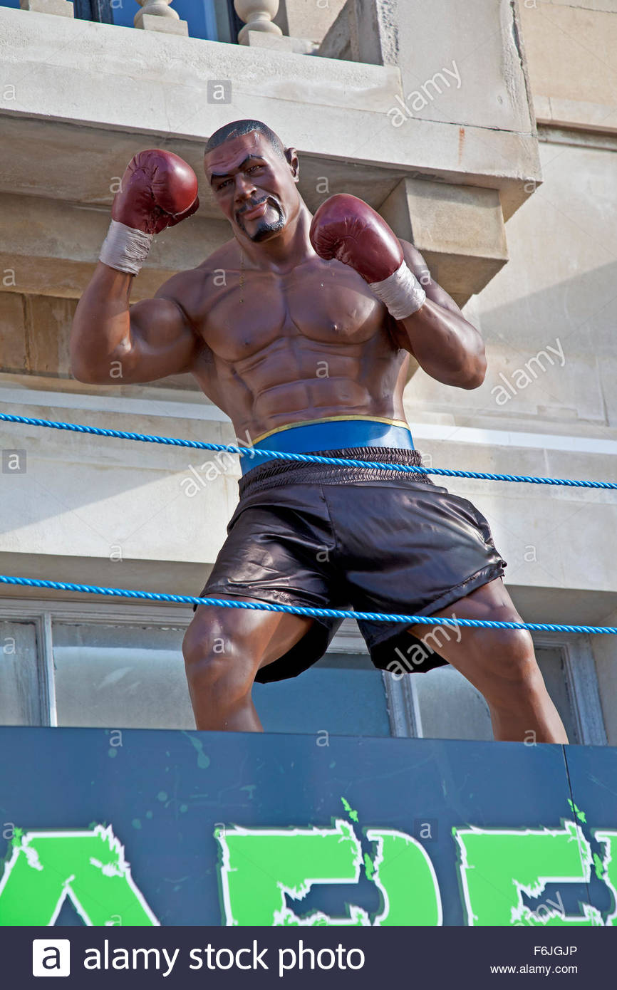 Statue of American boxer Mike Tyson on public display in Torquay, Devon, England UK - Stock Image