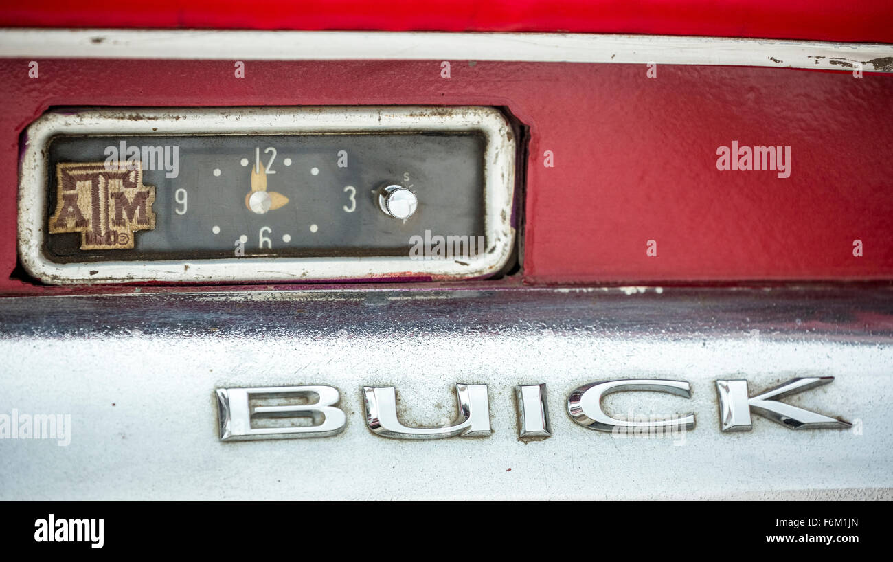 Dashboard of an old Buick road cruiser on Cuba old car clock, character car brand Buick, La Habana, Cuba, Caribbean, - Stock Image