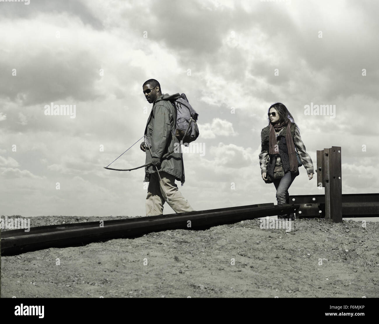 RELEASE DATE: January 15, 2009. MOVIE TITLE: The Book of Eli. STUDIO: Silver Pictures. PLOT: A post-apocalyptic - Stock Image