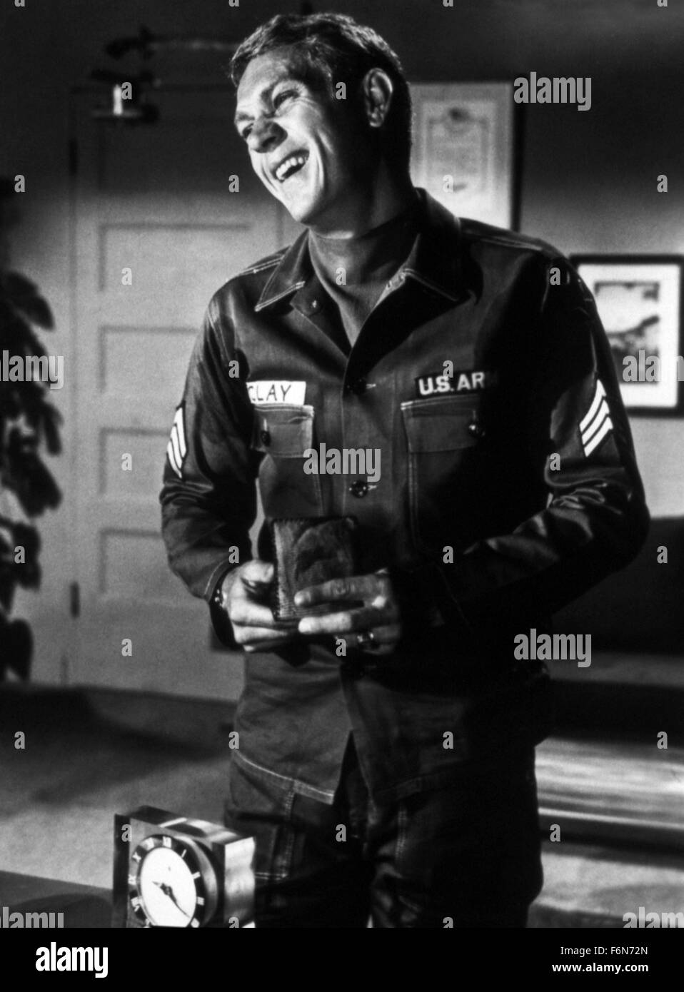 Aug. 14, 2014 - Hollywood, USA - SOLDIER IN THE RAIN (1963) .STEVE MCQUEEN; RALPH NELSON (DIR).SLR 003.  (Credit - Stock Image