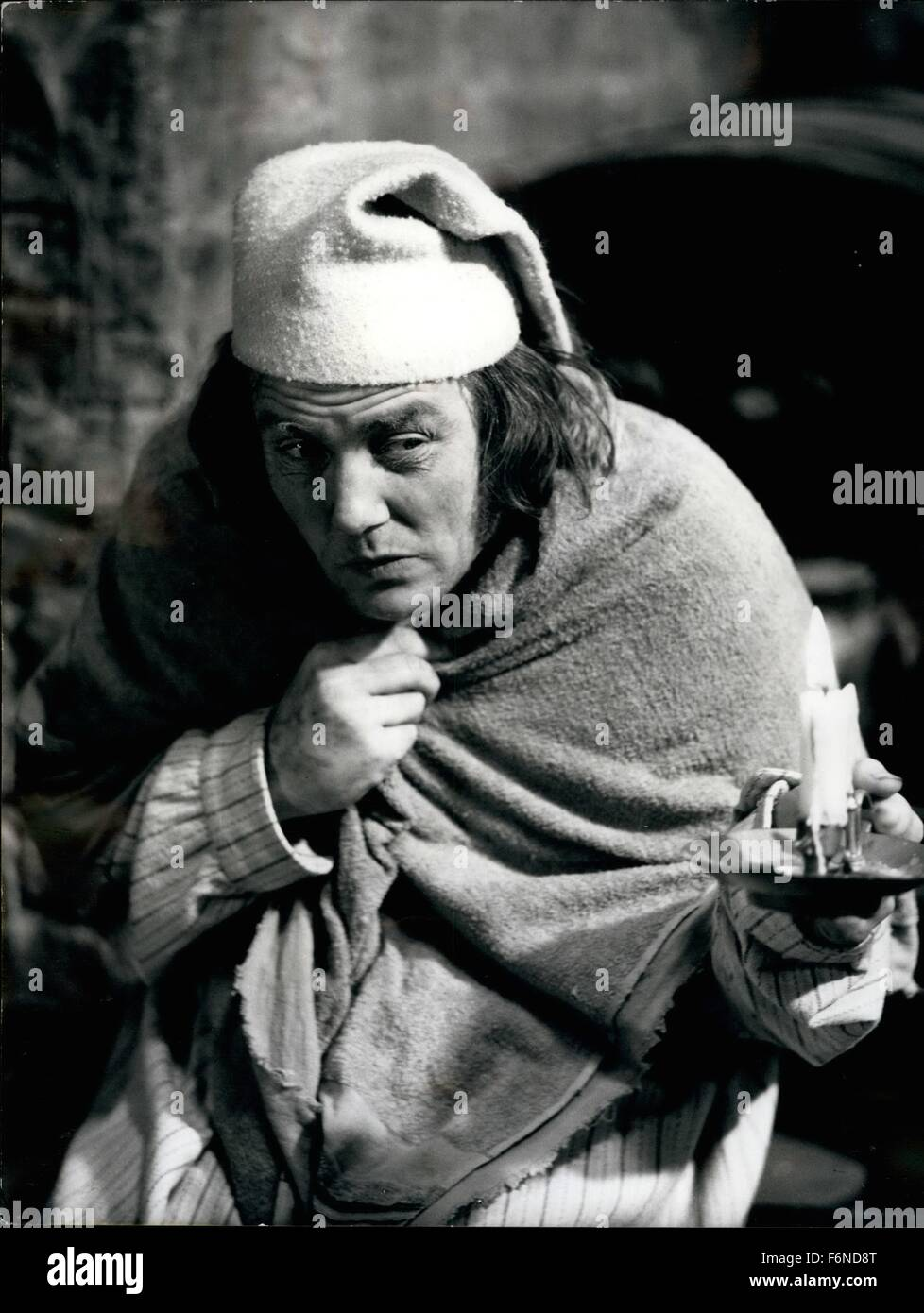 1956 - ''Scrooge'' the musical film version of Charles Dickens' ''A Stock Photo: 90211208 - Alamy