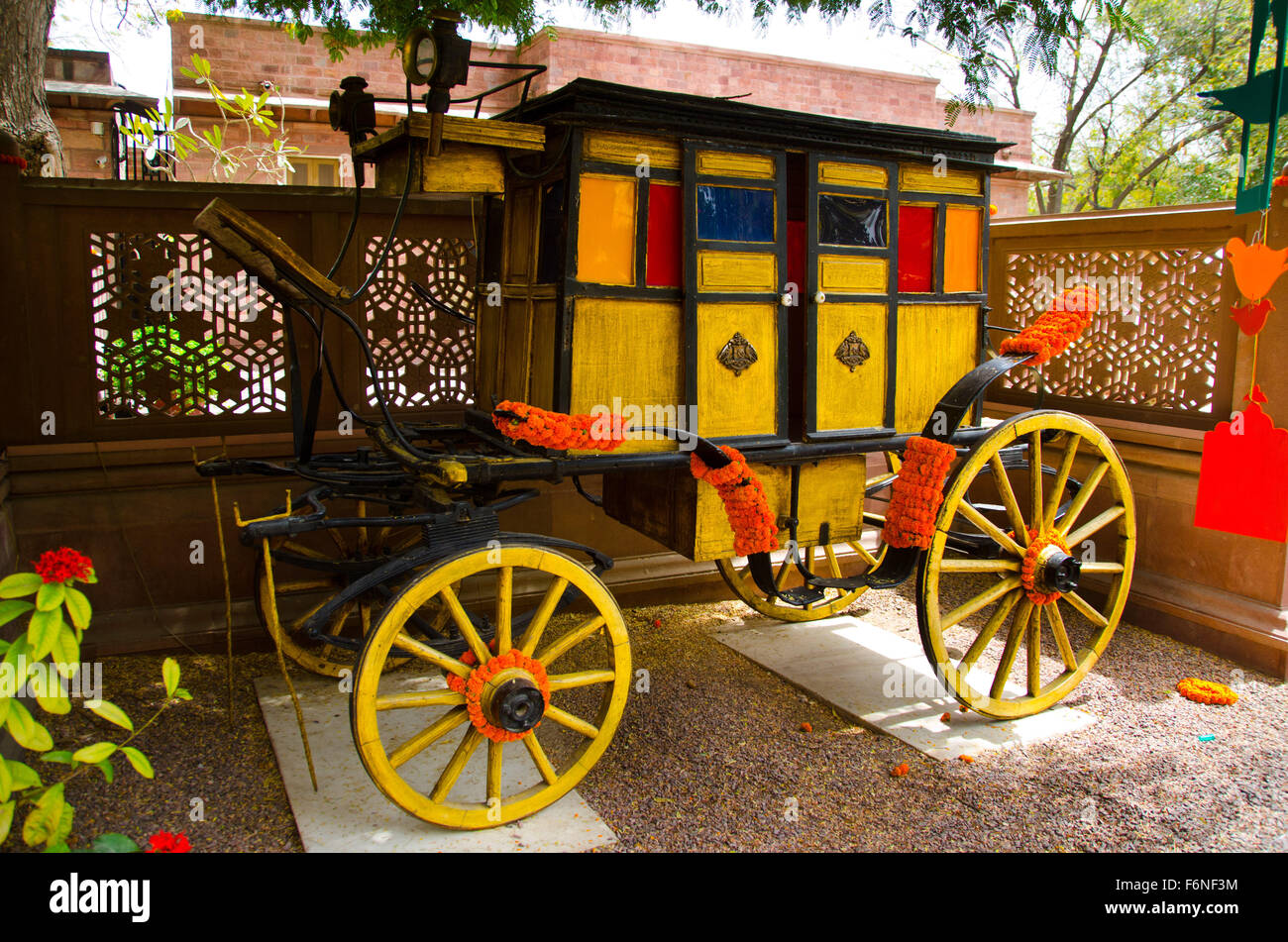 Antique decorated horse cart, jodhpur, rajasthan, india, asia - Stock Image