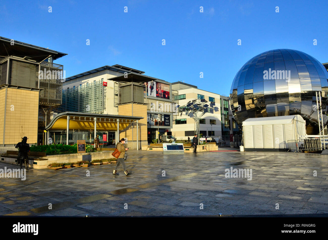Bristol, UK. 18th Nov, 2015. UK Weather, Bristol Millennium Square on a cold and sunny morning. Crisp and clear - Stock Image